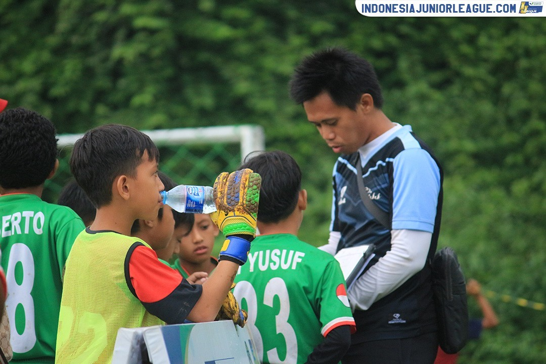 Aysila Tri Husna; Teman Begadang Juru Taktik CISS Soccer Skill