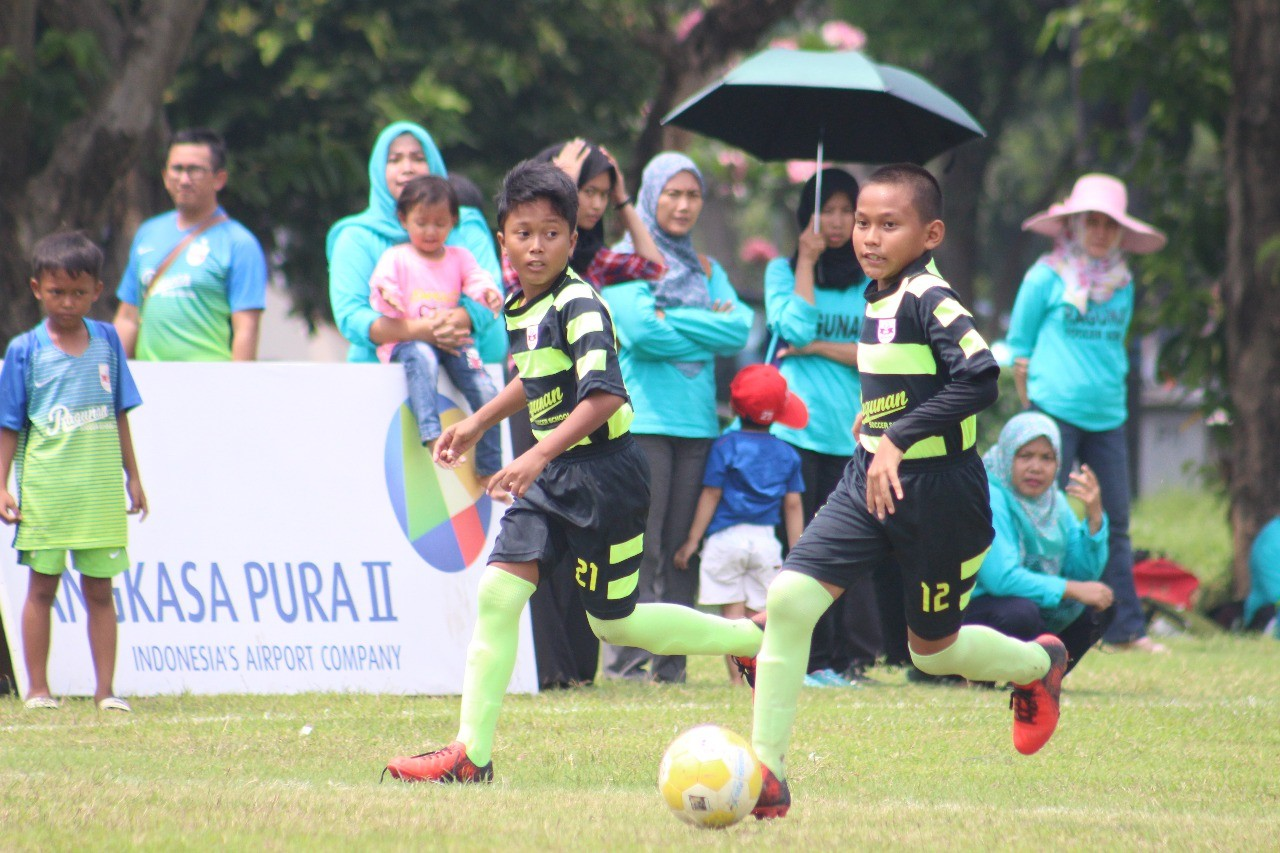 Uji Nyali Ragunan Soccer School