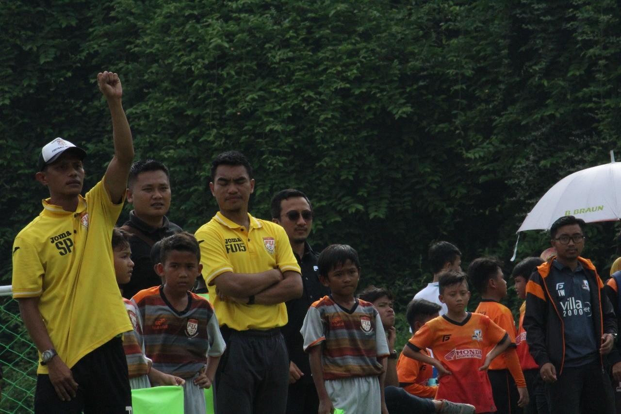 Pompa Semangat FU15FA Bina Sentra U-11, Firman Utina Sebut Nama Ustaz Yusuf Mansur