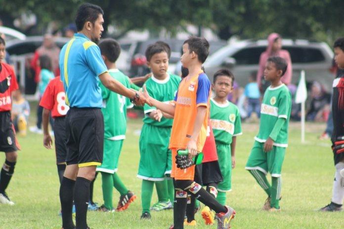 Jersey Wasit IJL Mayapada 2018 Hadirkan Semangat Baru untuk Sepak Bola Indonesia