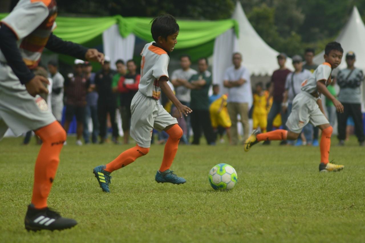 Bermodal Video Youtube, FU15FA Bina Sentra Siap Bangkit Hadapi Salfas Soccer dan Serpong City Soccer School